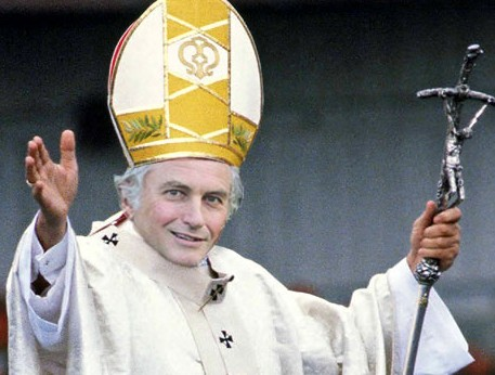 Prof. Richard Dawkins given a Papal disguise, so, he can issue Fatwas!