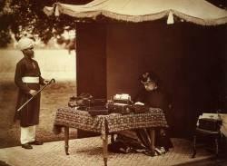 Queen-Victoria-and-her-Indian-servant-Abdul-Karim