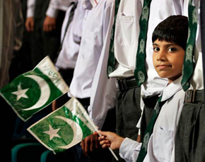 290x230-pakistan-independence-day-jpeg