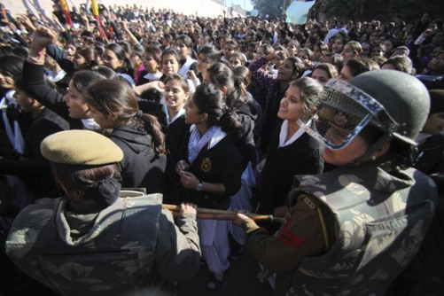 Jammu_Students shout slogans and demand severe punishment for rapists as they condemn the gang-rape of a student in New Delhi during a protest