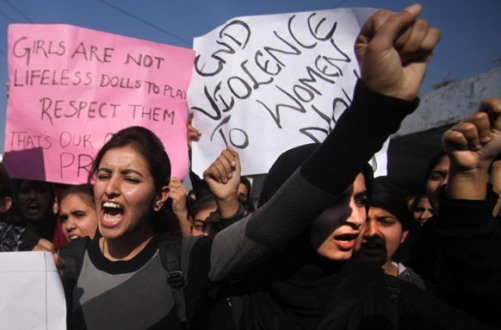 Jammu_Students shout slogans and demand severe punishment for rapists as they condemn the gang-rape of a student in New Delhi during a protest.