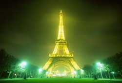 Eiffel Tower: The most recognized landmark of France.  For the Muslim Times' collection to refute Islamophobia