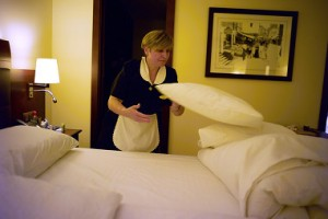 Many employees at Swiss hotels come from outside of Switzerland (RDB)