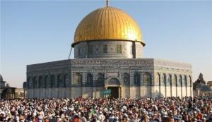 Extremist Jews call for storming Al-Aqsa Mosque