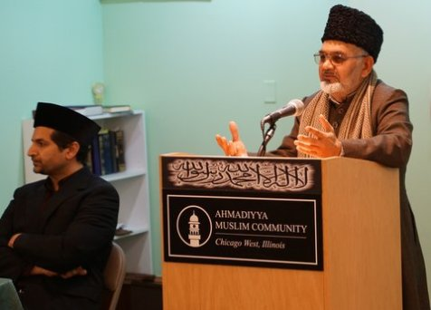 Imam Shamshad Nasir of the Bait ul Jame' Mosque, Glen Ellyn, Chicago