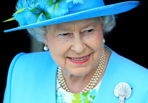 Image (1) queen-england.jpg for post 167894