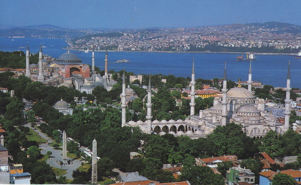 blue-mosque-and-hagia-sophia