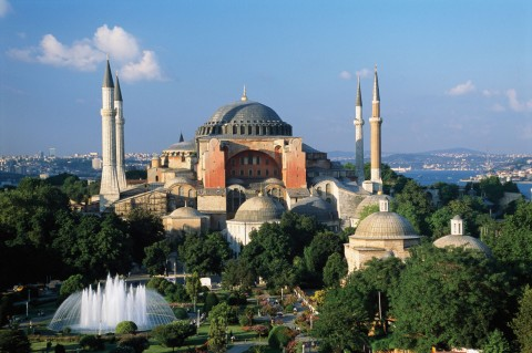 The current structure of Hagia Sophia was erected by Emperor Justinian from 522-527 CE, the same .Emperor, who convened the Fifth Ecumenical Council in Constantinople, so it is reasonable to assume that some of the Council activity took place in Hagia Sophia