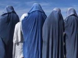 afghan-women-burqa-reuters-670