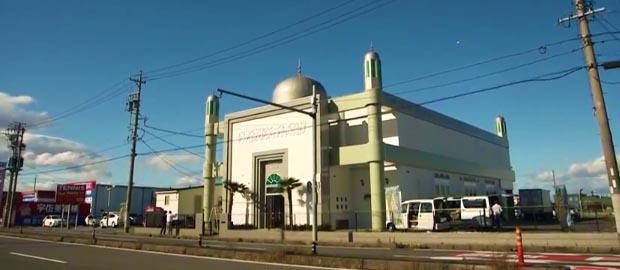 ahmadiyya_japan_mosque5 (1)