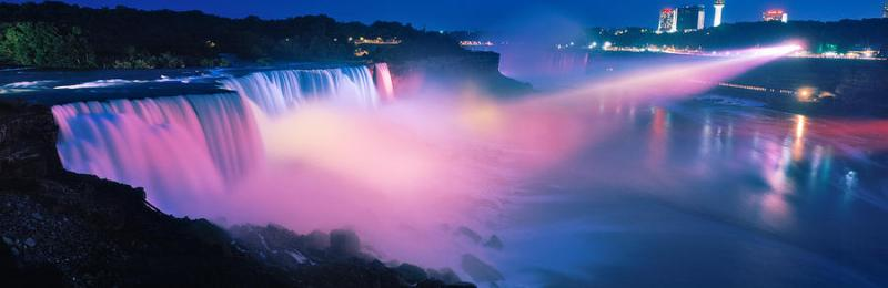 Niagara falls at night and the light show