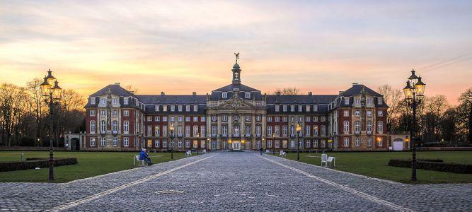 Münster_Schloss_-_2014_-_6771