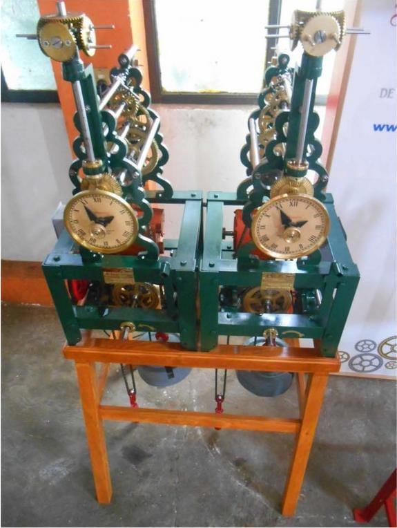 pendulum-clocks-experiment