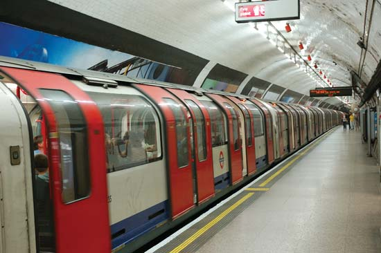 london-subway-2