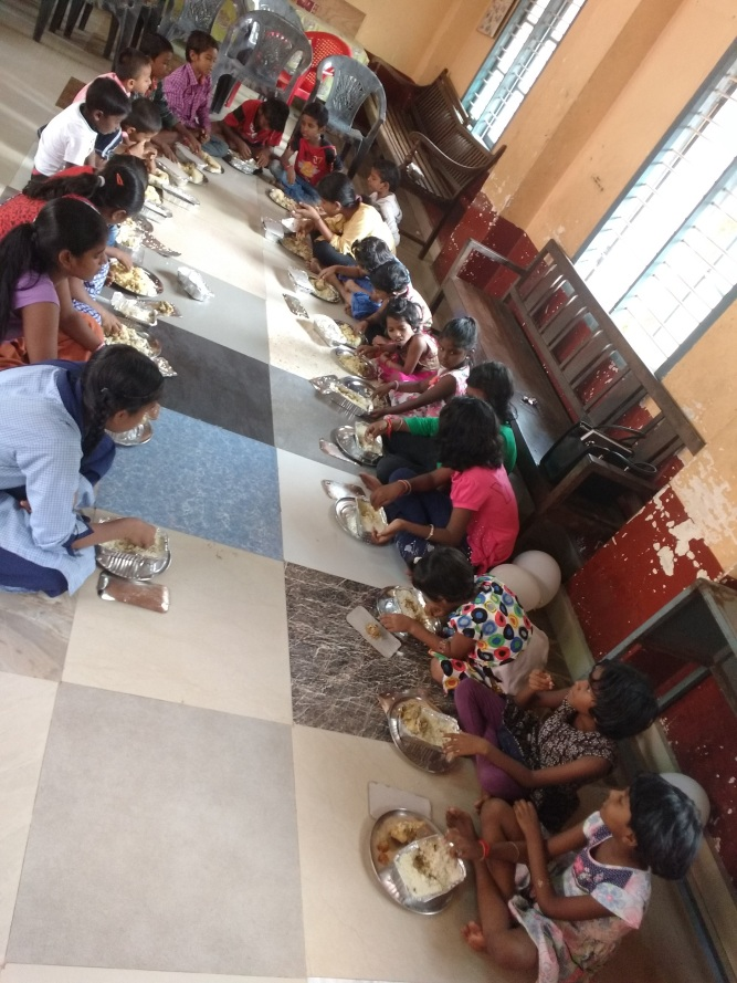 9_food_distribution_khidmate_khalq_event_by_lajna_manjeshwar
