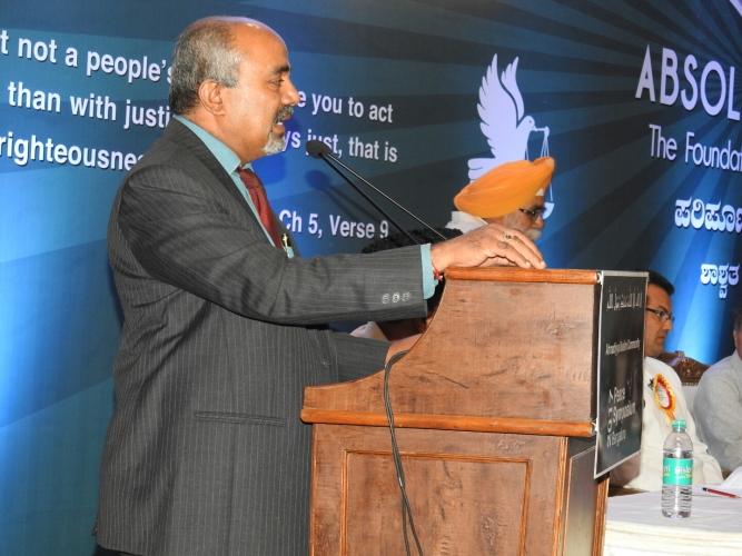 Dr. K B Linge Gowda (Director of Kidwai Memorial Institute of Oncology Bengaluru)