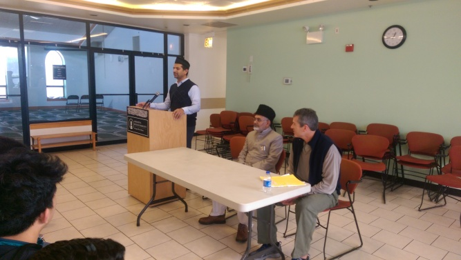 Mr Mashhood Mirza welcomed and thanked the students and their teacher Mr. David Sayner for visiting the mosque