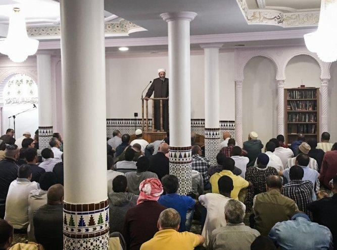 beardsley-mosque1_custom-2f725f64b482dee2efb91368551092cf85449e27-s800-c85