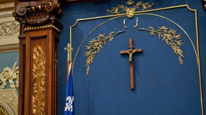 crucifix-800x449