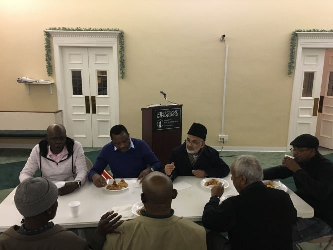USA Ahmadiyya Mosque in Bedford hosts guests from Ghana & Sudan - Discuss life & teachings of Prophet Muhammad (pbuh) (5)