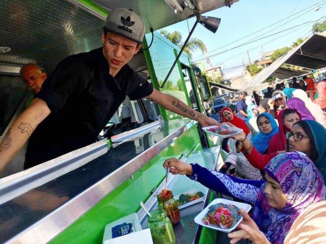 food-truck_custom-e0b4bc6d1be6e3c3d07894454c50f3ce551d67ea-s800-c85