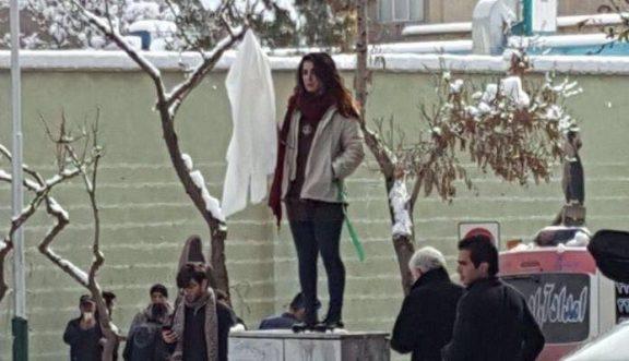 Hasil gambar untuk the hijab protests that exposed Iran's core divide
