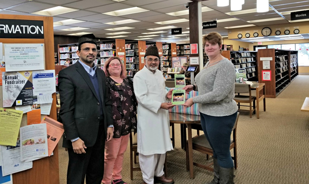 "Ahmadiyya Muslim Community of Rochester Hills, Michigan gives a gift of 35 copies of ""Life of Muhammad (pbuh)"" to the citizens of Caro Michigan"