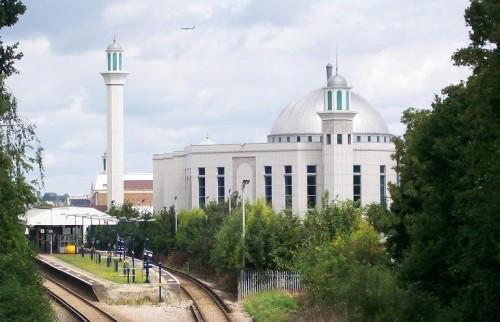 bait-ul-futuh_mosque-e1354107937273