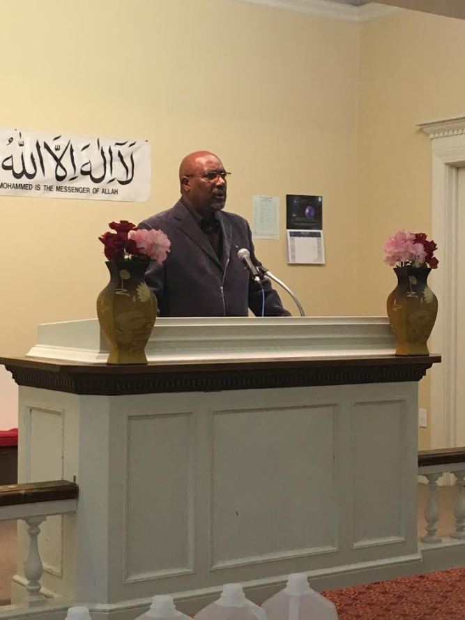 Apostle Harold Carter spoke about Christianity at the Interfaith Symposium hosted by the Ahmadiyya Muslim Community