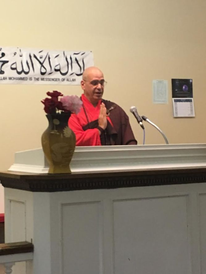 Venerable Shih Ying-Fa ​of CloudWater Zendo ​spoke taught the Buddhist teachings at the Interfaith Symposium hosted by the Ahmadiyya Muslim Community