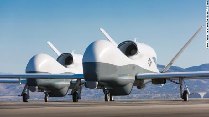 160210114415-navy-triton-drone-exlarge-169