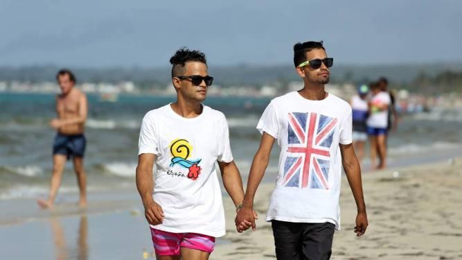 Cuban gay couple main