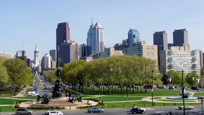webRNS-Philly-Catholics2-120618