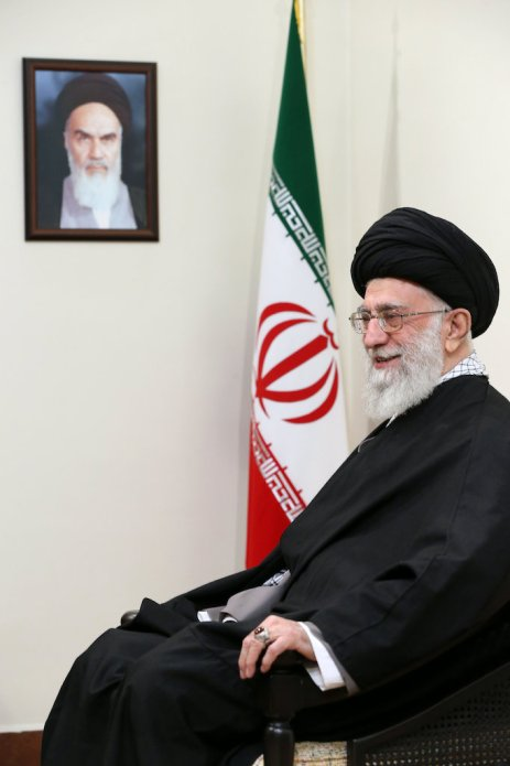 ali_khamenei_(23_november_2015)