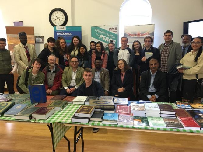 UK: Ahmadiyya Muslim Community's Bait-ul-Atta Mosque Hosts Liverpool Hope University Students & Staff