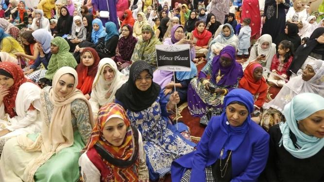 Muslim women at eid