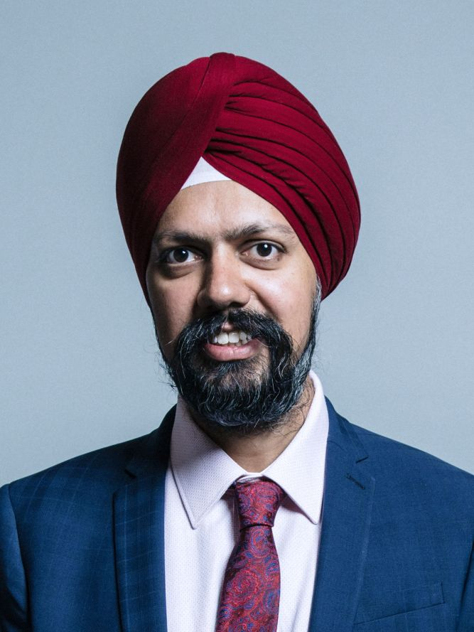 Official_portrait_of_Mr_Tanmanjeet_Singh_Dhesi_crop_2