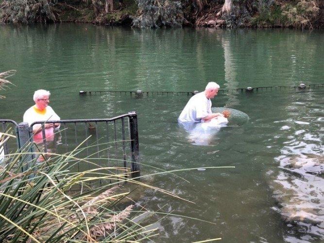 sharon-litton-baptism-0bad8db2400c8fe47b5ef0dcfbfc4ee90dbd798f-s1500-c85