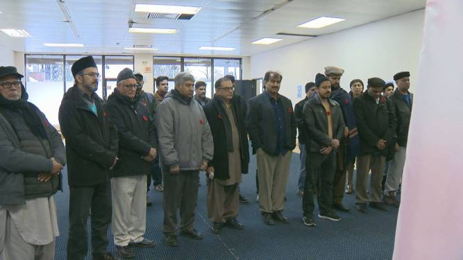 Saint-Michel's Muslim community honoured veterans during an early Remembrance Day ceremony. Friday November 08, 2019. Sylvain Trudeau / Global News