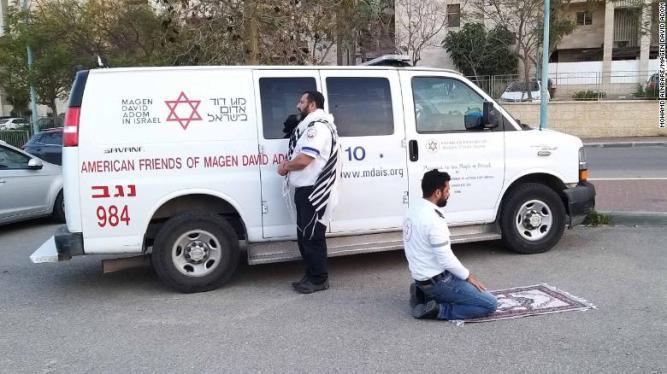 200326123906-israel-emergency-services-praying-exlarge-169