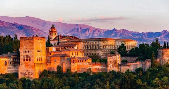 Spain-Landmarks-Alhambra-Granada-1024x538