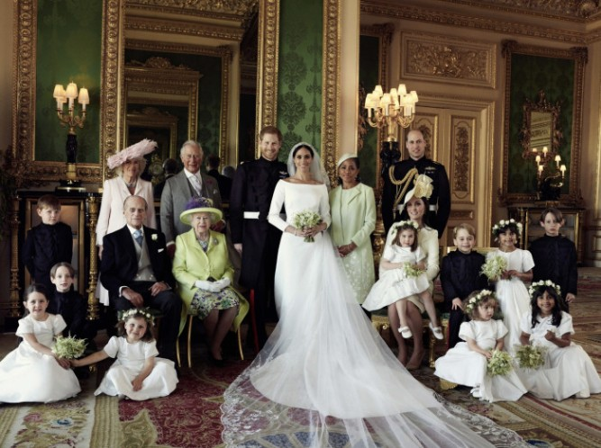 1028447-prince-harry-meghan-markle-official-wedding-photo-family